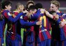 Barcelona, con dos goles de Messi, derrotó a Valencia y sigue en la pelea