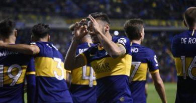 Boca se floreó ante Caracas y ya piensa en los octavos