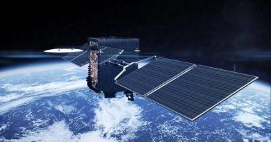 """El nuevo satélite ARSAT llega """"recargado"""", tecnología de punta para conectar 200.000 hogares"""