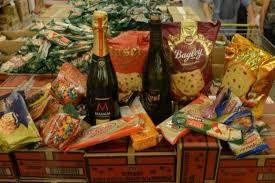 El Gobierno lanzan una canasta navideña a $250 en comercios de todo el país