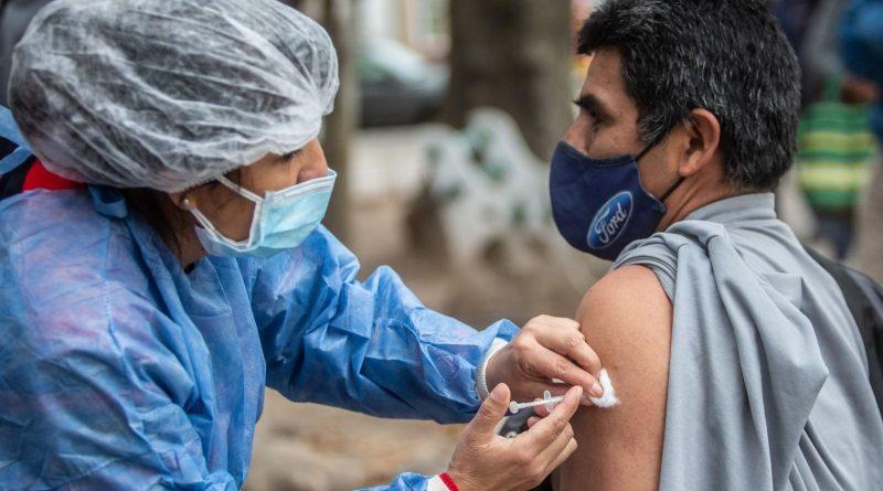 """Jure: """"Le pido a los jóvenes que se vacunen, la Astrazeneca ha demostrado ser segura"""""""
